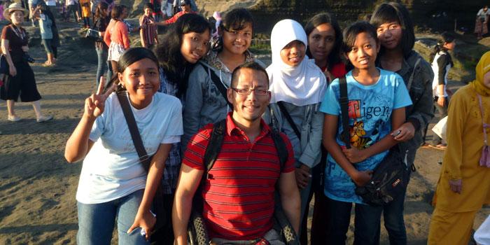 Making friends at Tanah Lot in Bali
